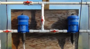 Injectors for outdoor garden fertigation